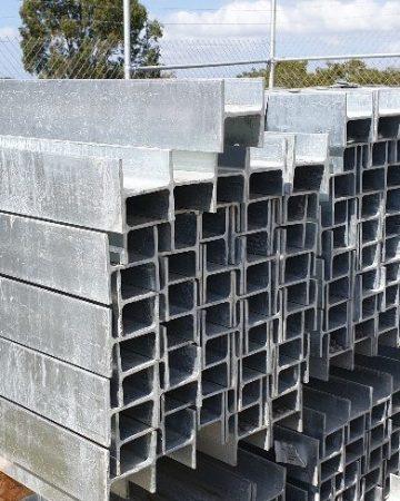 Durawall steel posts