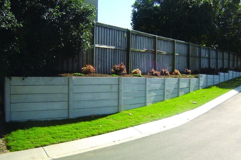 Durawall retaining wall in Beenleigh completed with landscaping