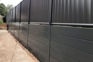 Durawall retaining wall monument and colorbond in Carindale featured image