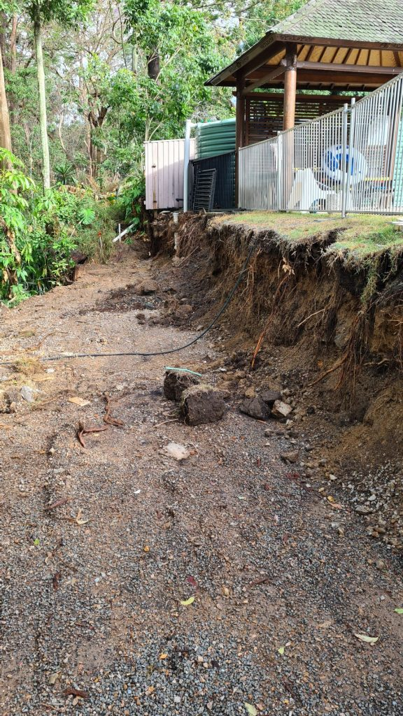 Durawall retaining wall replaced in Bardon before photo